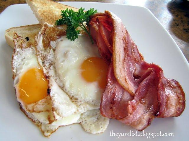 Mudgeeraba, Loung Room, Breakfast
