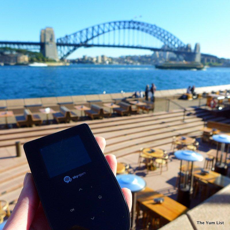 portable wifi, pocket wifi