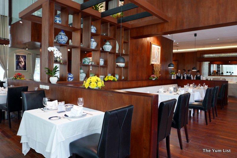Review of Topaz Restaurant, Phnom Penh