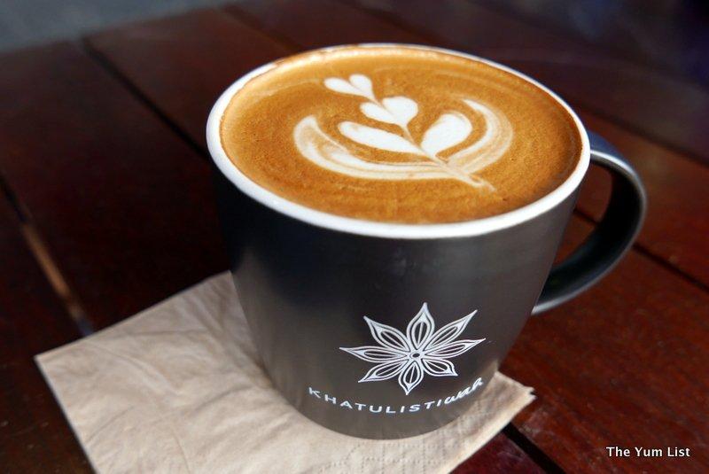 Khatulistiwah Melawati Cafe